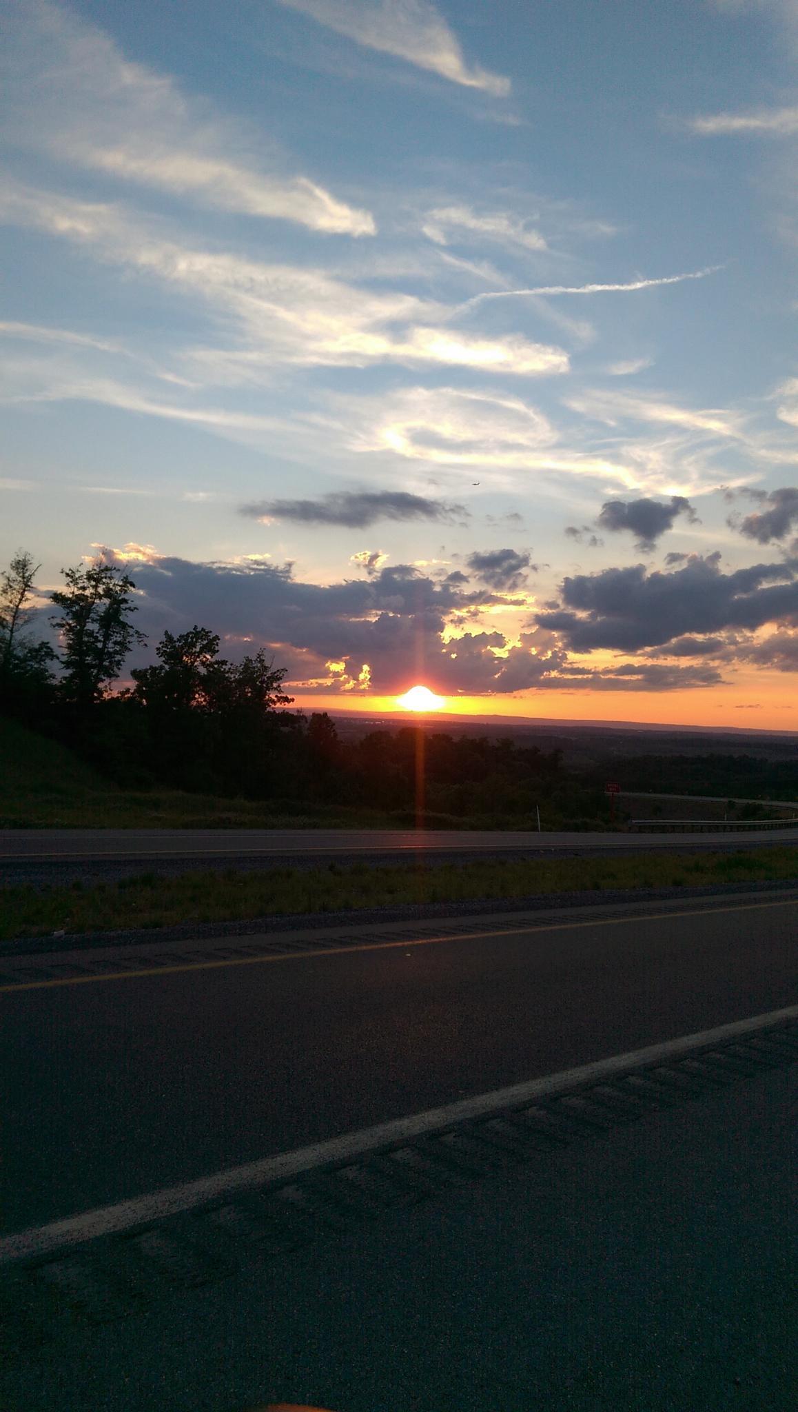 Sun set by tallen81261