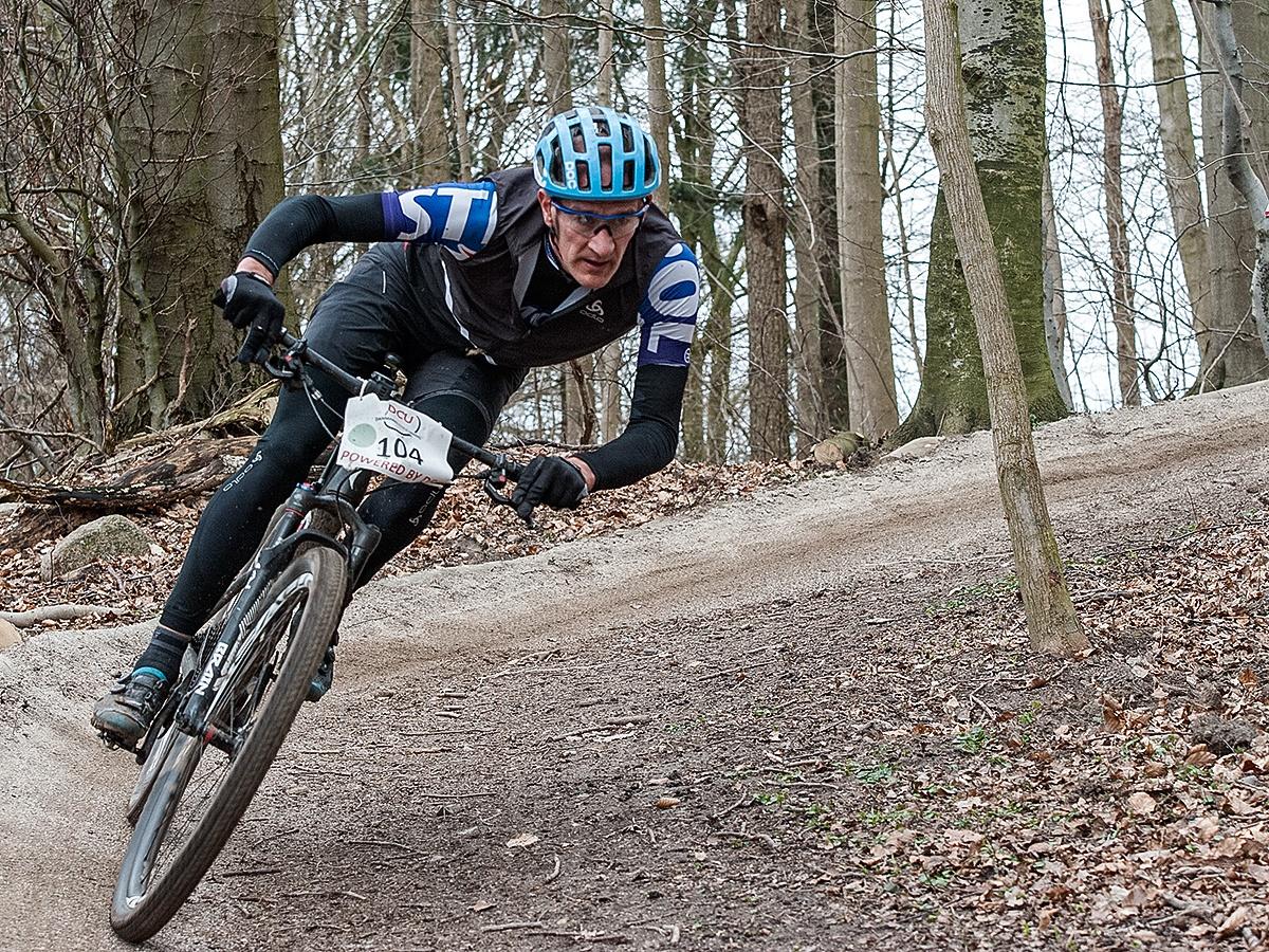 MTB racing by Per Martens