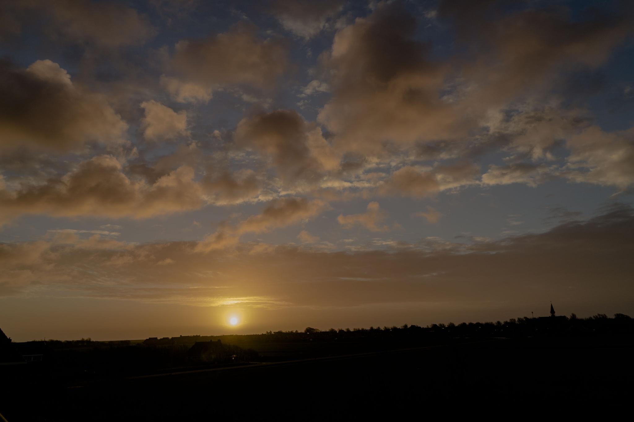 Sunrise at Terschelling  by Roelof de Haan