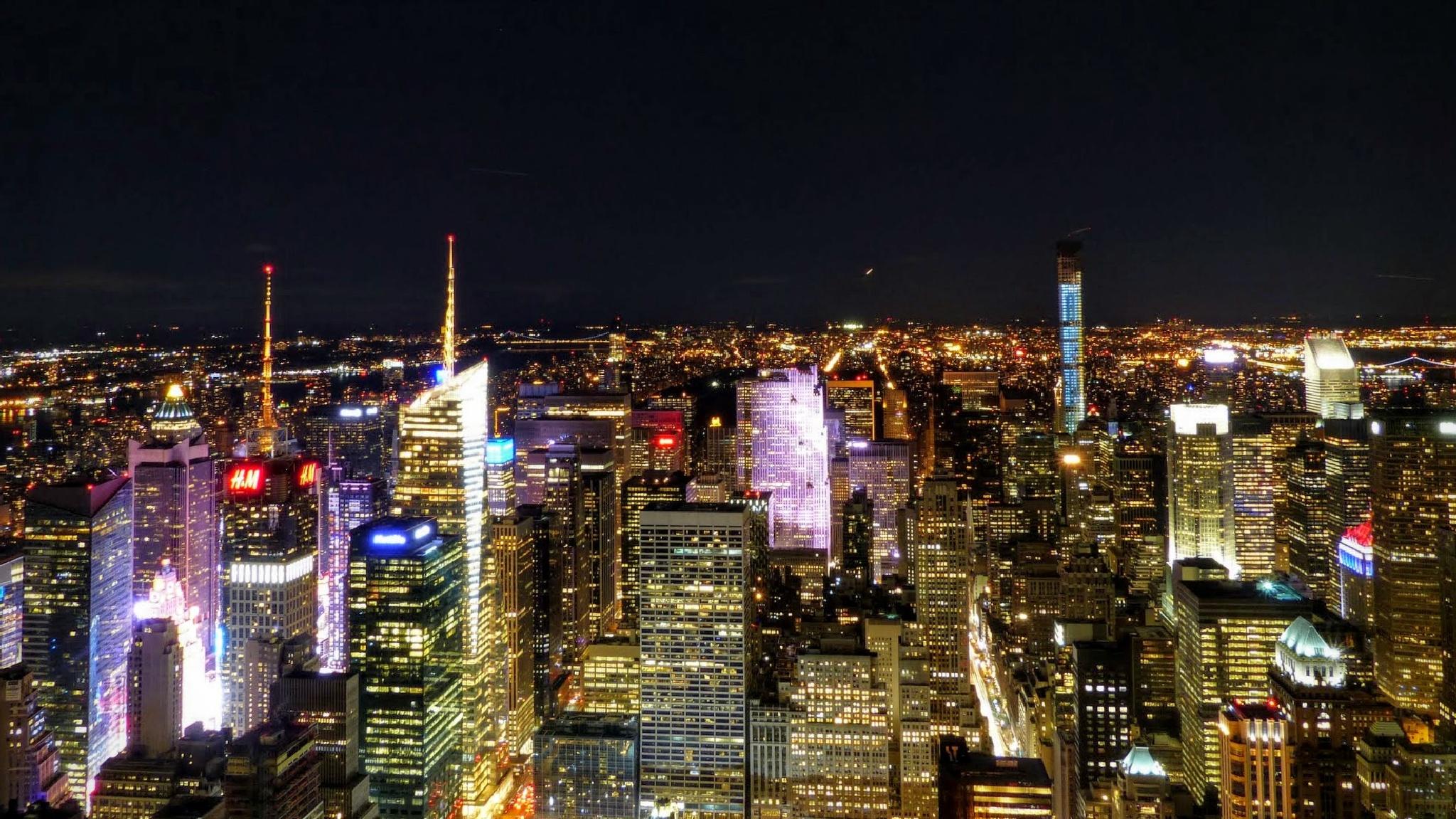NY at night, USA by emalfni