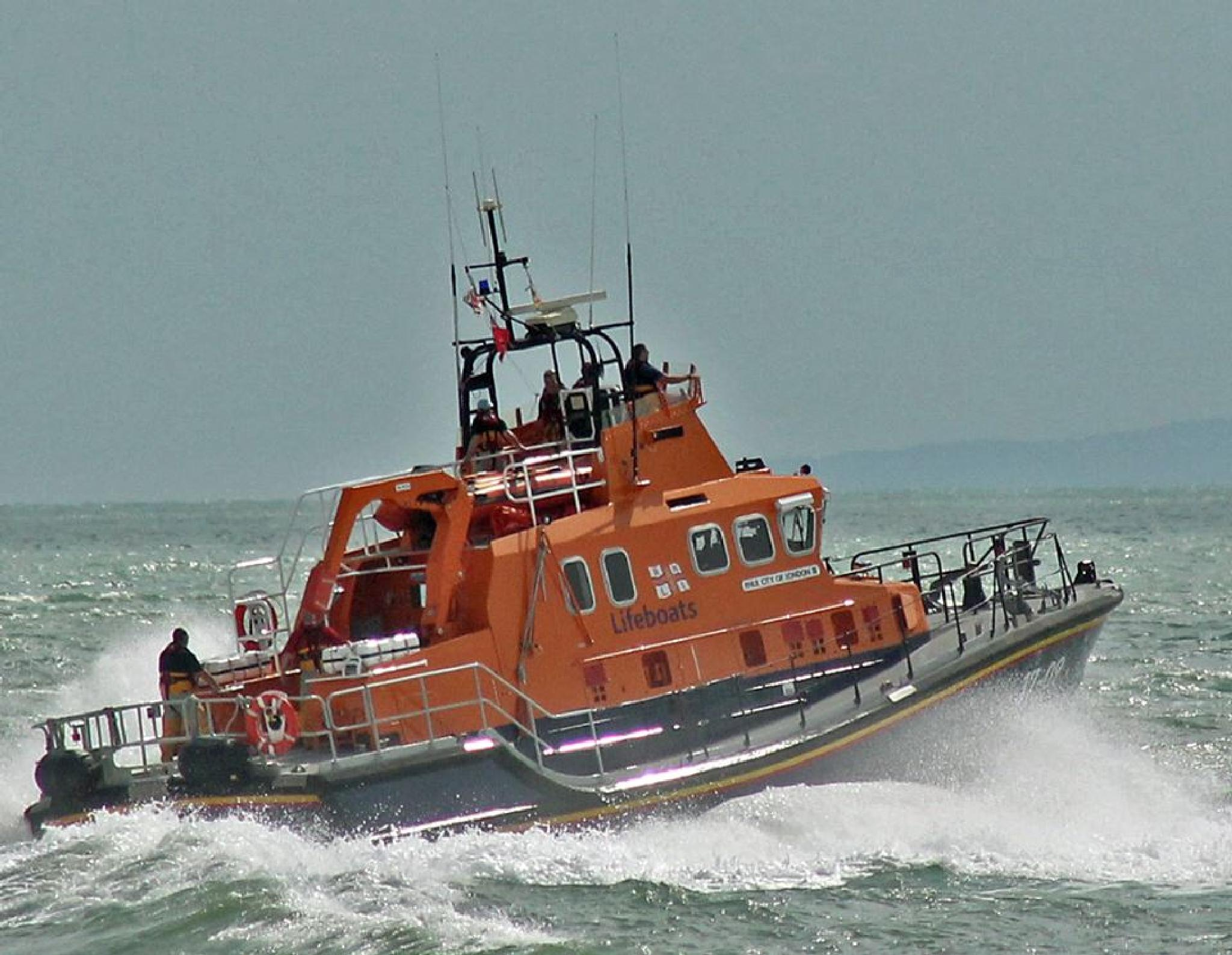 DOVER LIFEBOAT by mikewoodland21