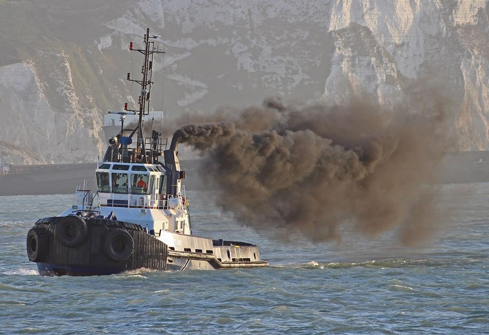 DOVER HARBOUR BOARD TUG by mikewoodland21