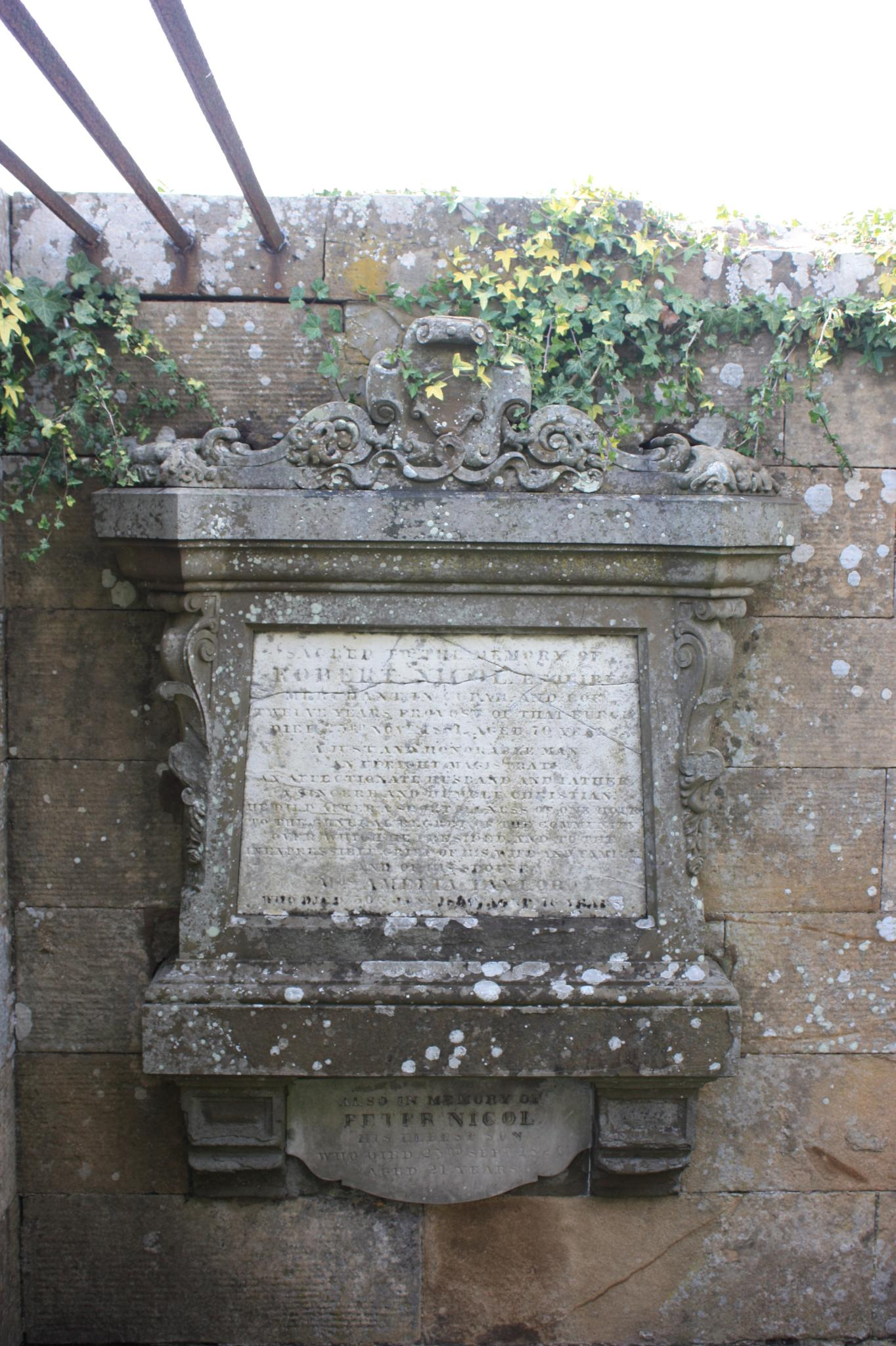 Old Grave, Cupar Churchyard by stephencdickson