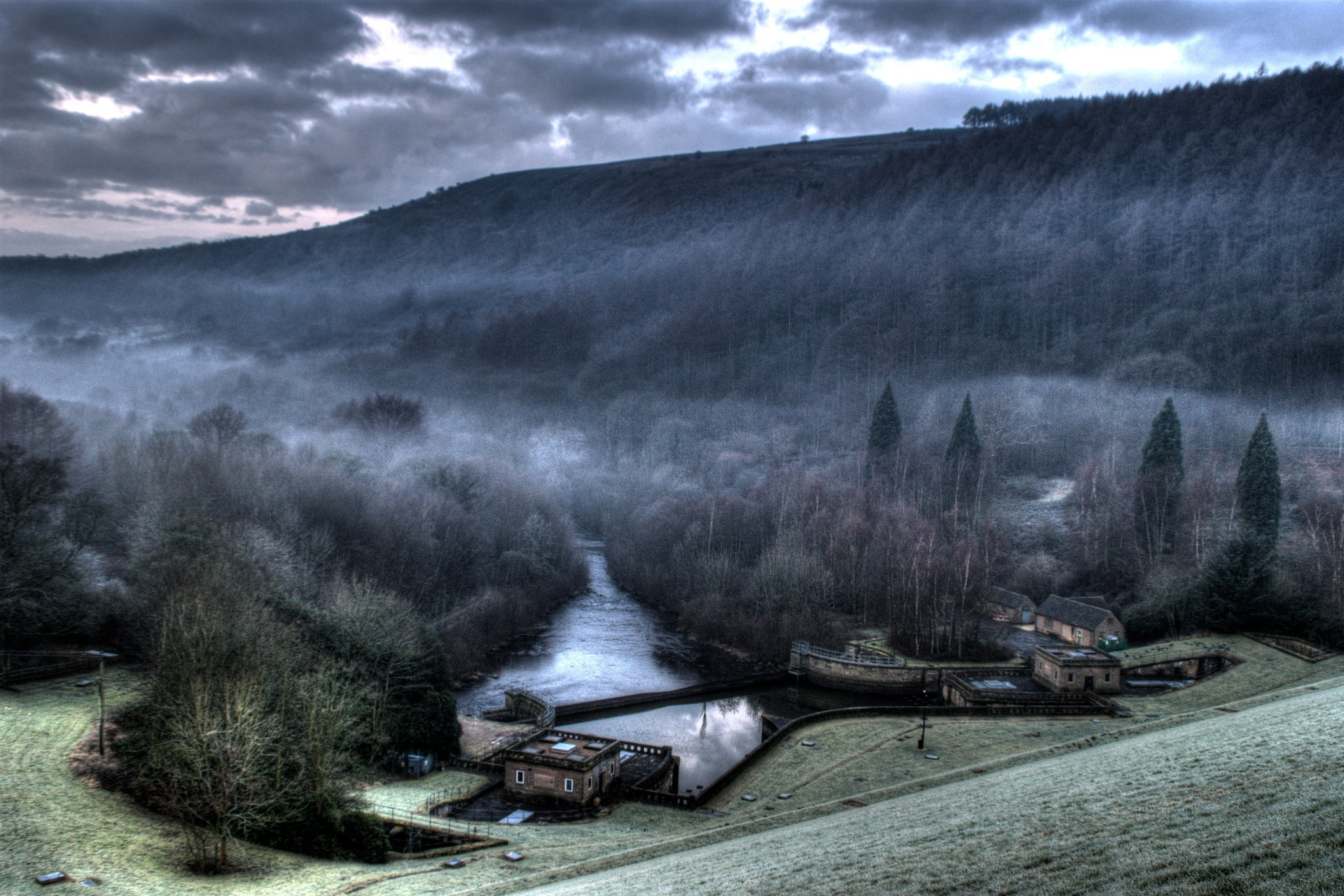 mist in the valley by steve simpson