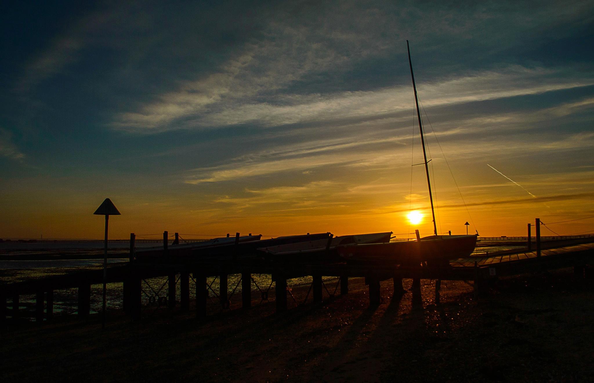 Southend Sunset by Darrin Mayo