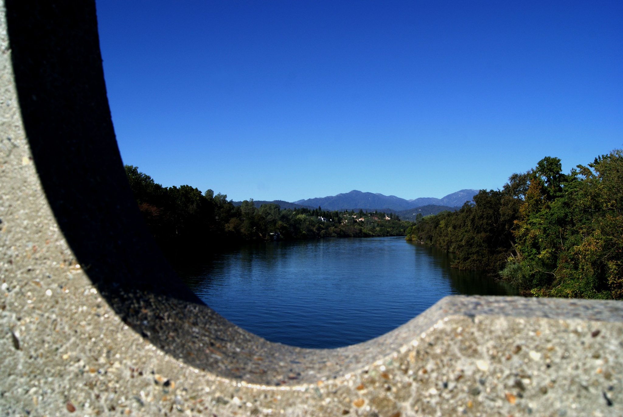 Sacramento River by cloghry