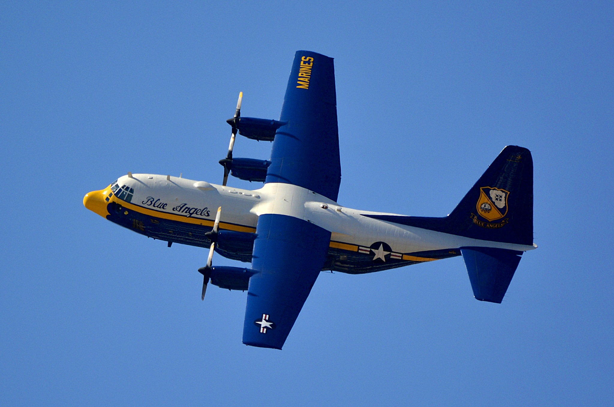Blue Angels   Support Plane by pscottwong