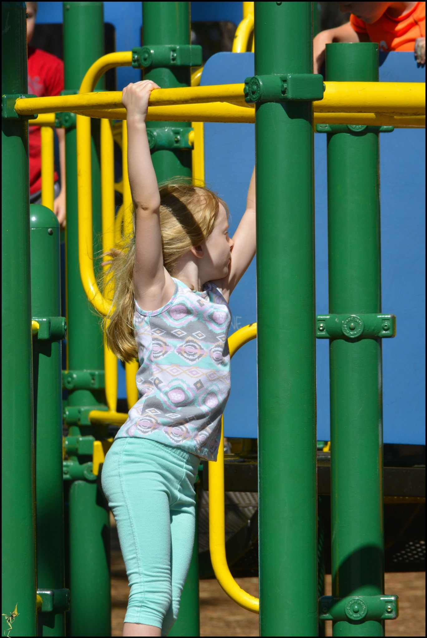Monkey Bars by pscottwong