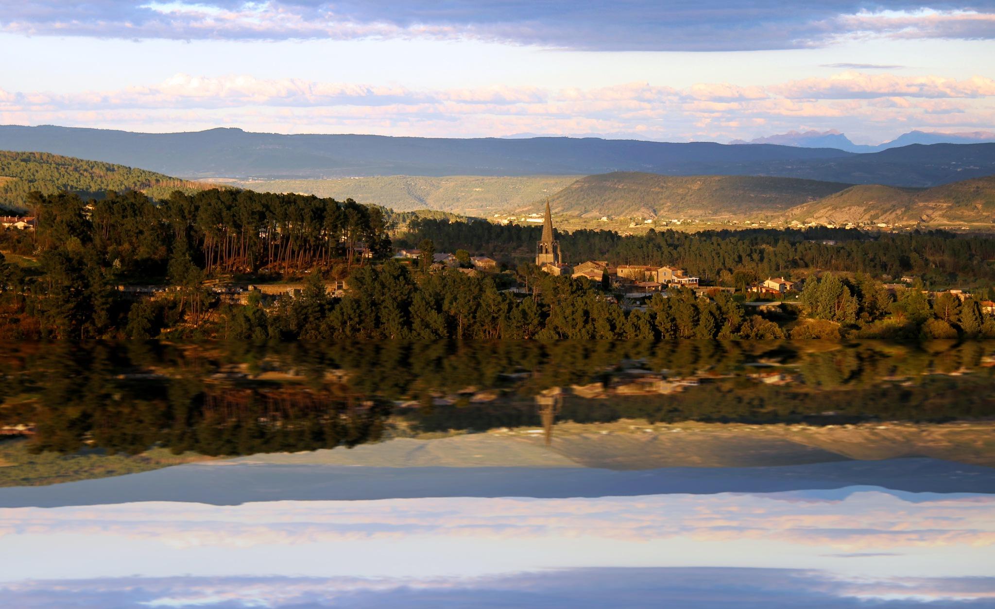 réflexion 2 by Cieutat serge