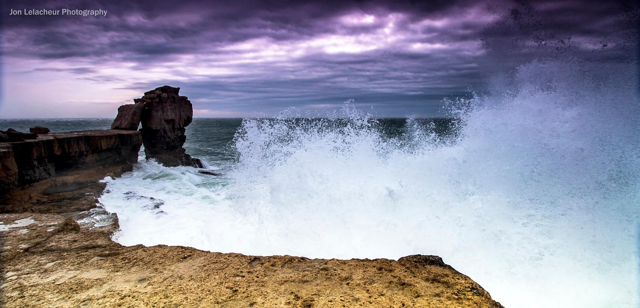 Breaking Wave by Jon Lelacheur Photography