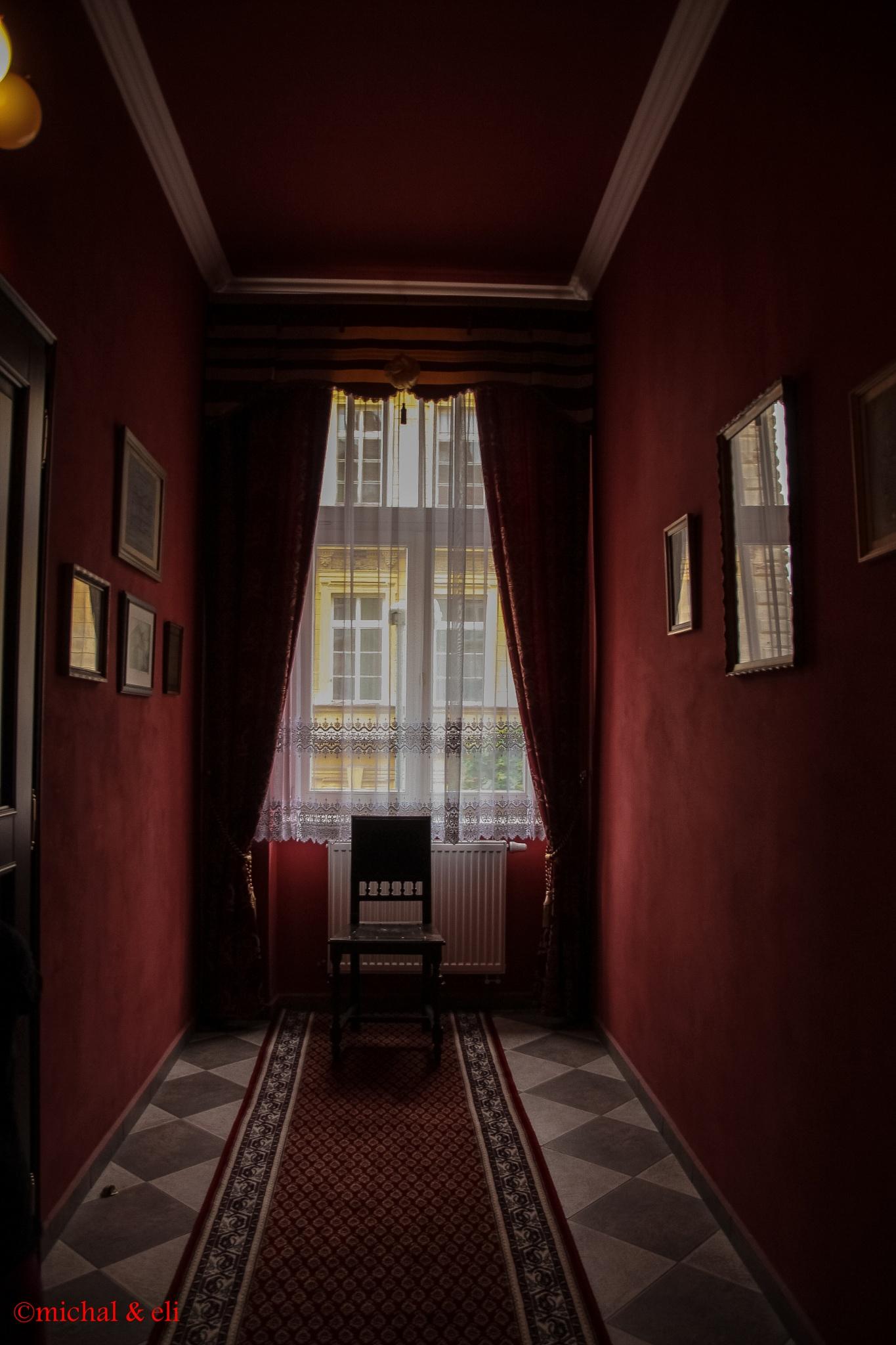 Corridor  by mieymay