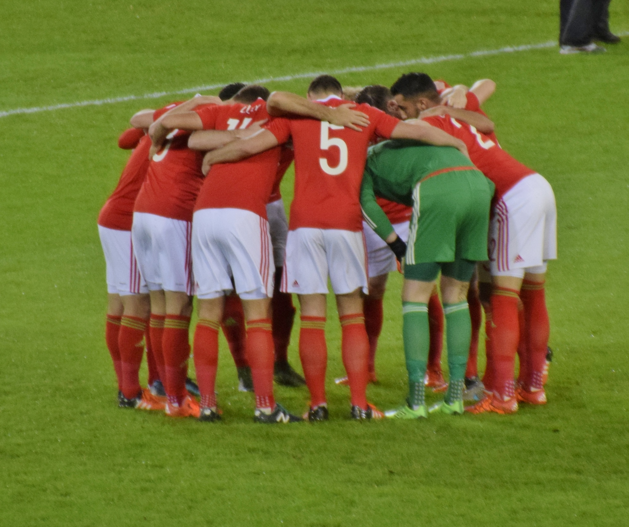Wales pre match huddle by Abyd