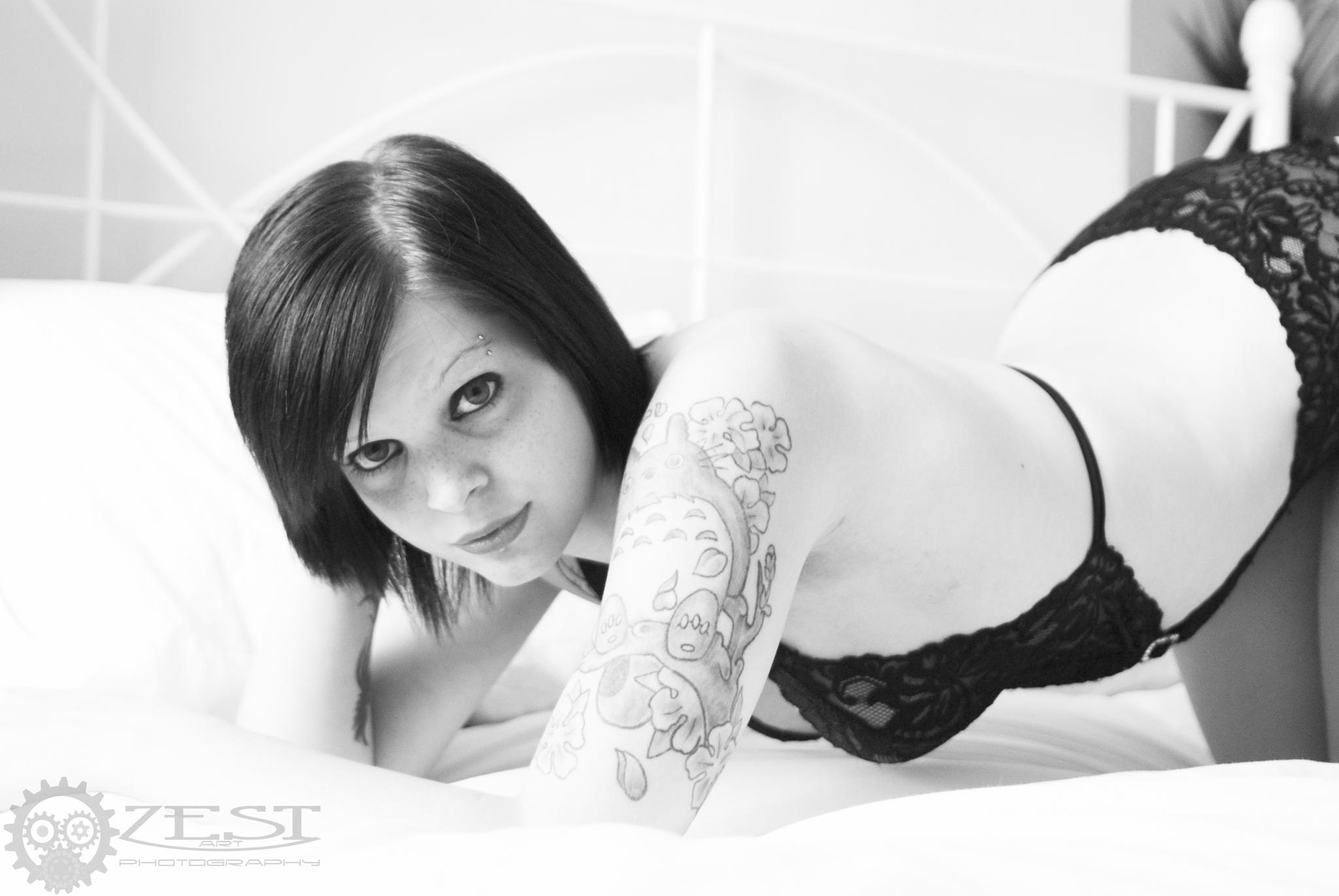 lorii suicide lace #1 by Zoey Smith