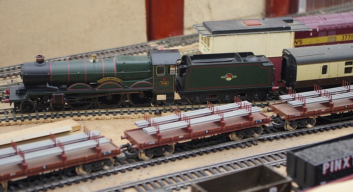 Model Railway Hornby 'Cadbury Castle' 7028-1-22 June 2016 by Owen Smithers