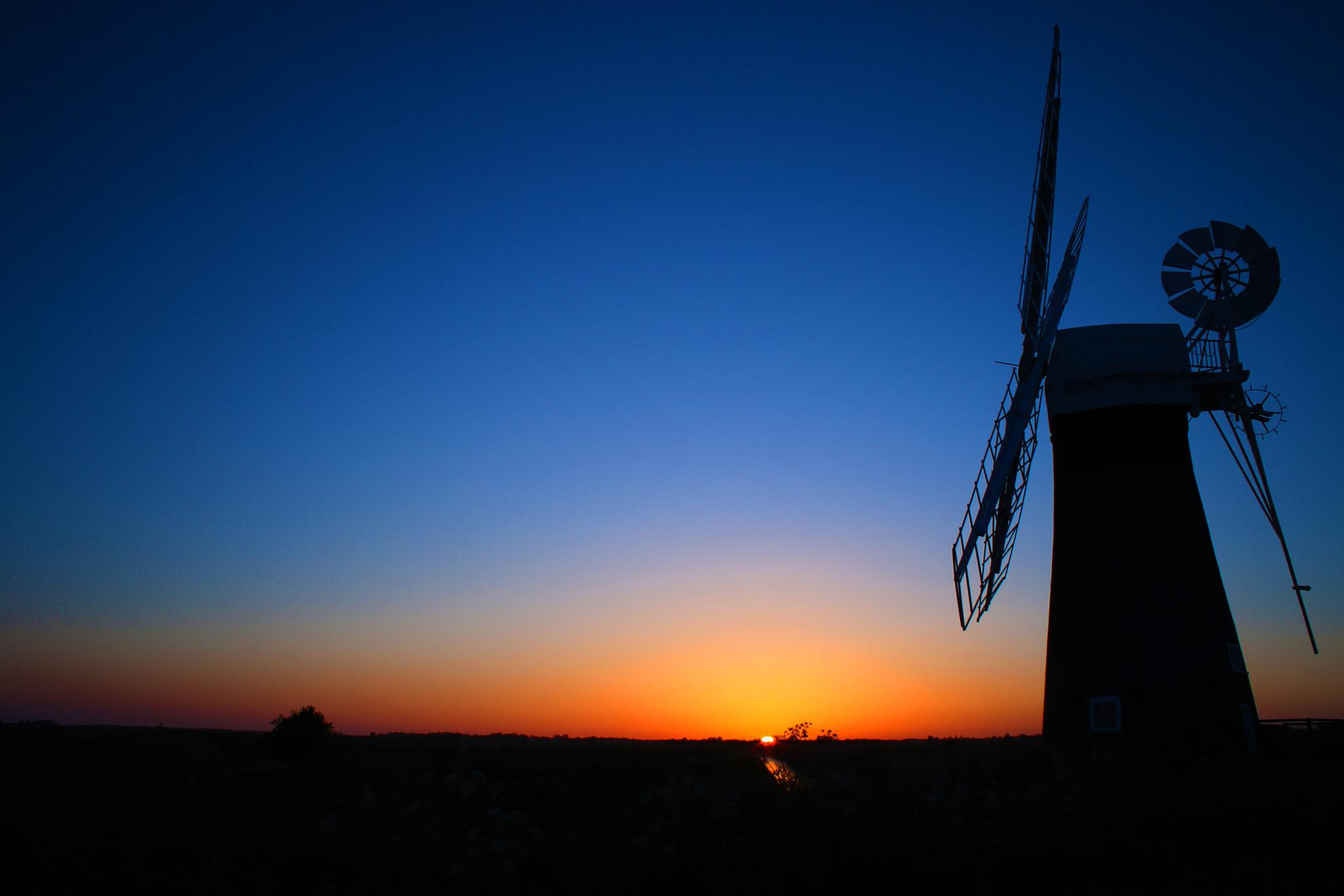 Windmill by Russell Waite