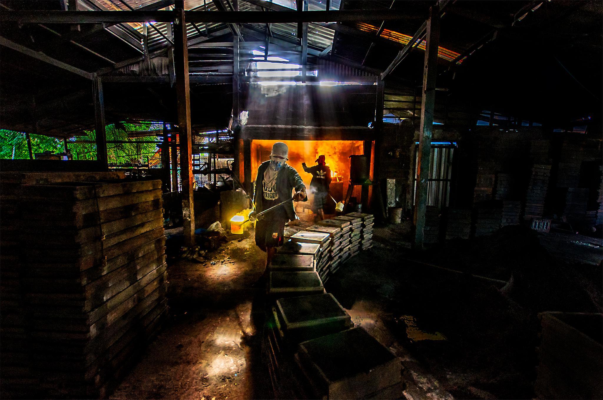 The brass foundry by Ratchakit Kannika