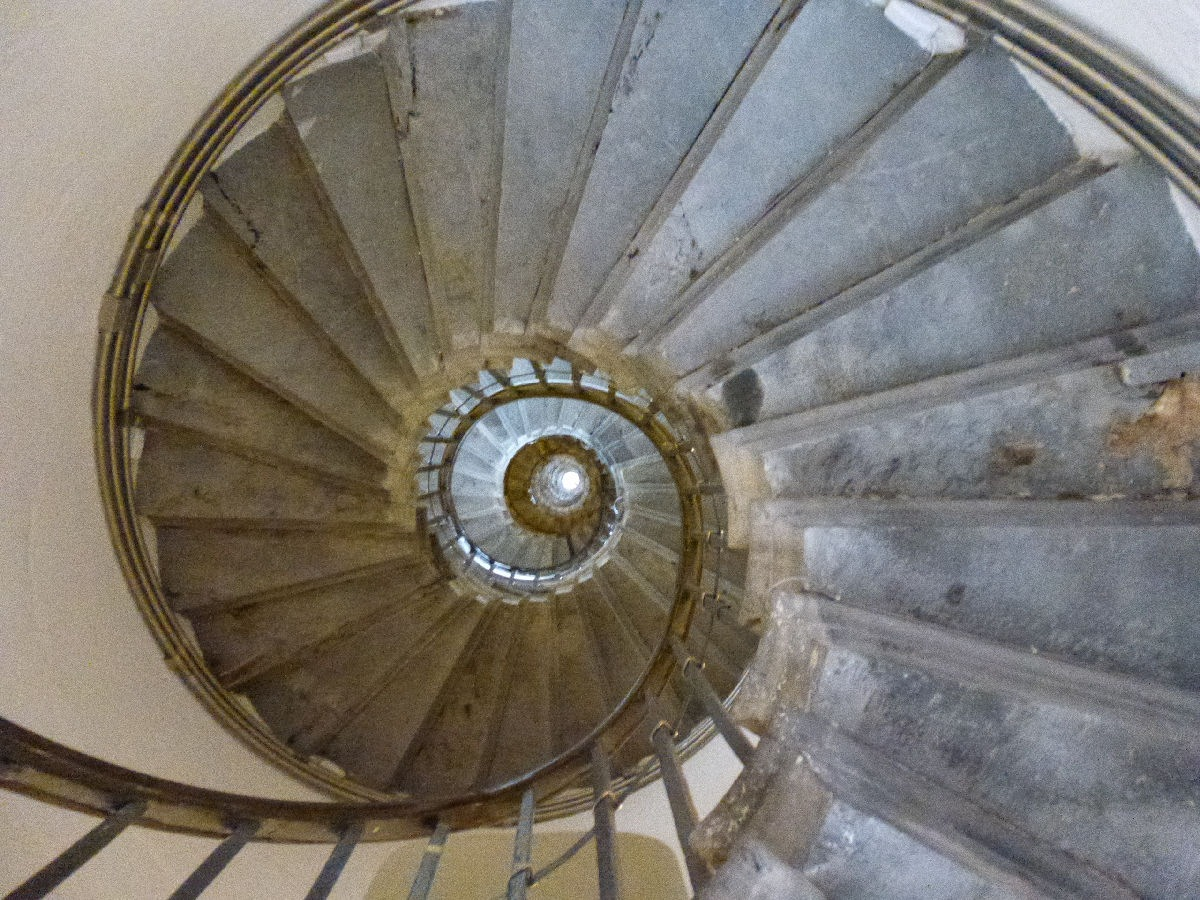 Monument stairs by Alice Goss