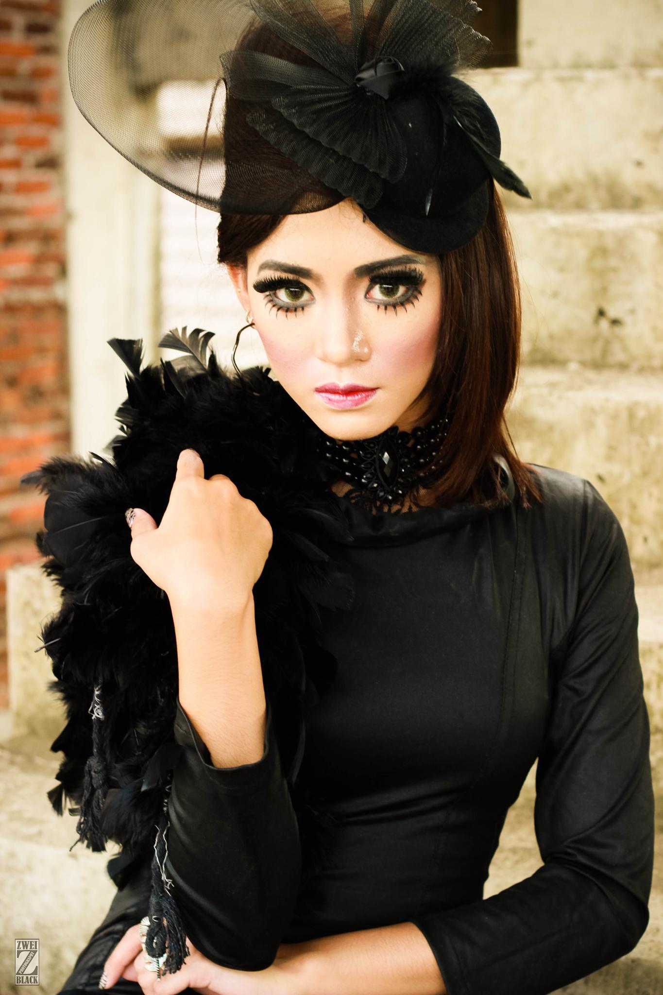 Black Glamour by Angga Raditya (ZweiBlack)