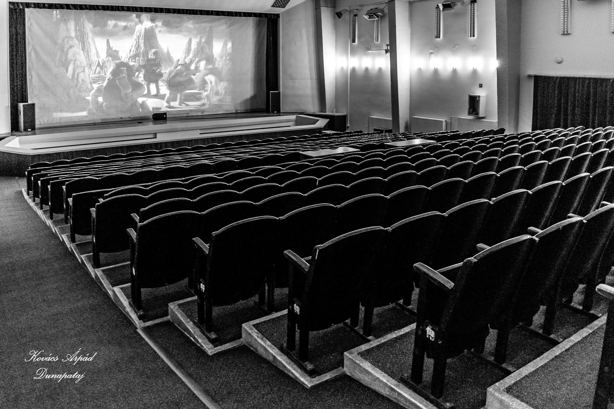 lonely cinema by Kovács Árpád