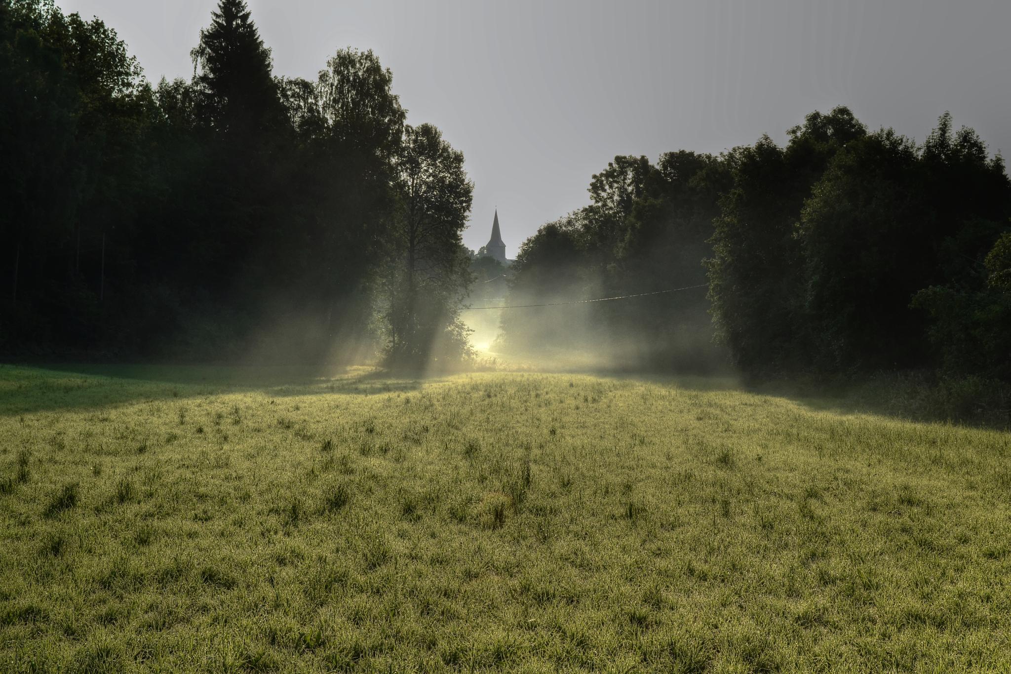 Morning fog. Asker church by Peer