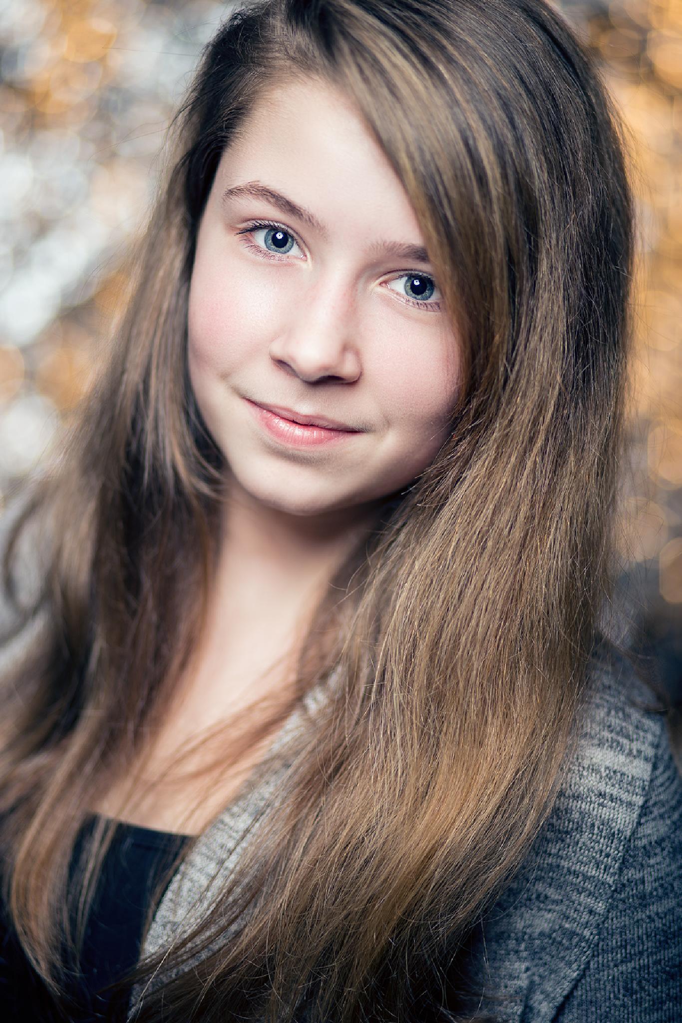 Lara by Mirko Waltermann