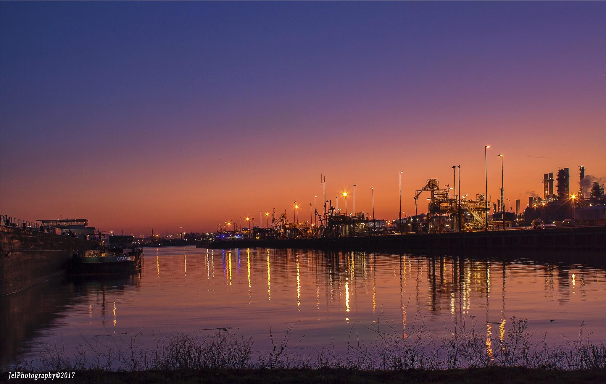 Rotterdam by JelPhoto