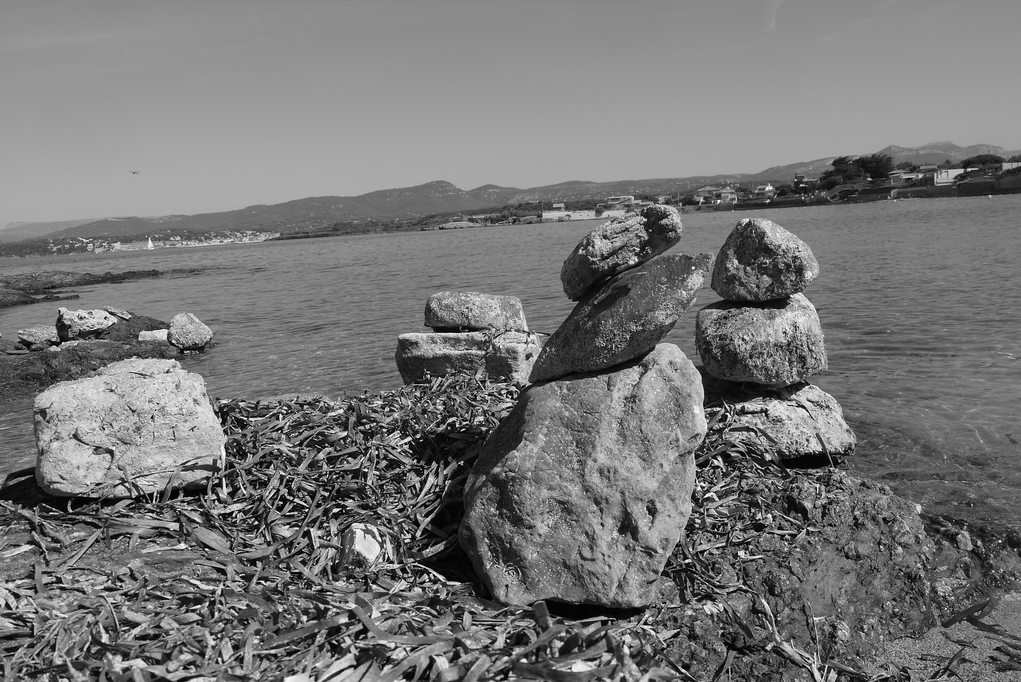 Cairns by christophepoidevin