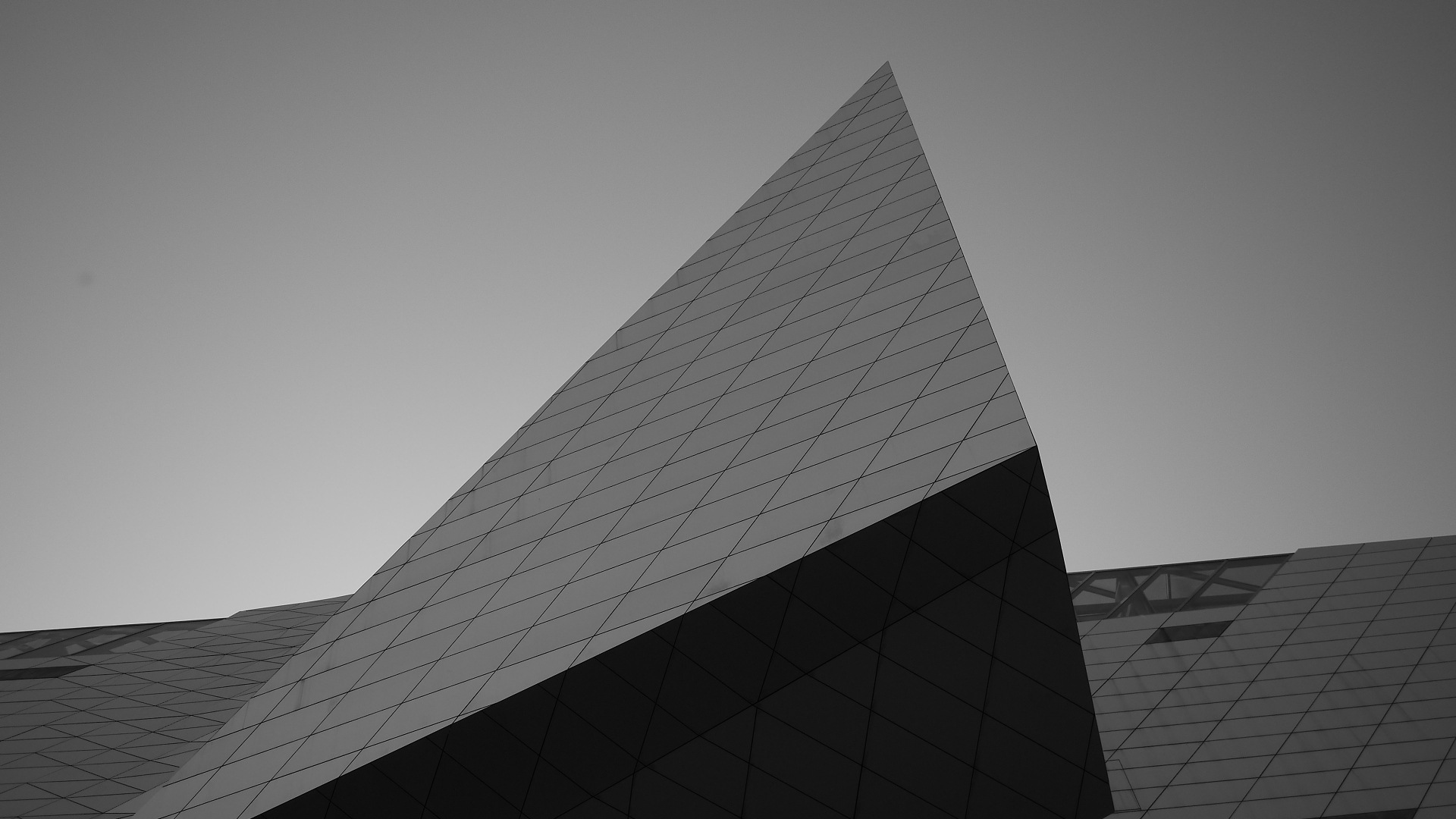 Triangulaire by christophepoidevin