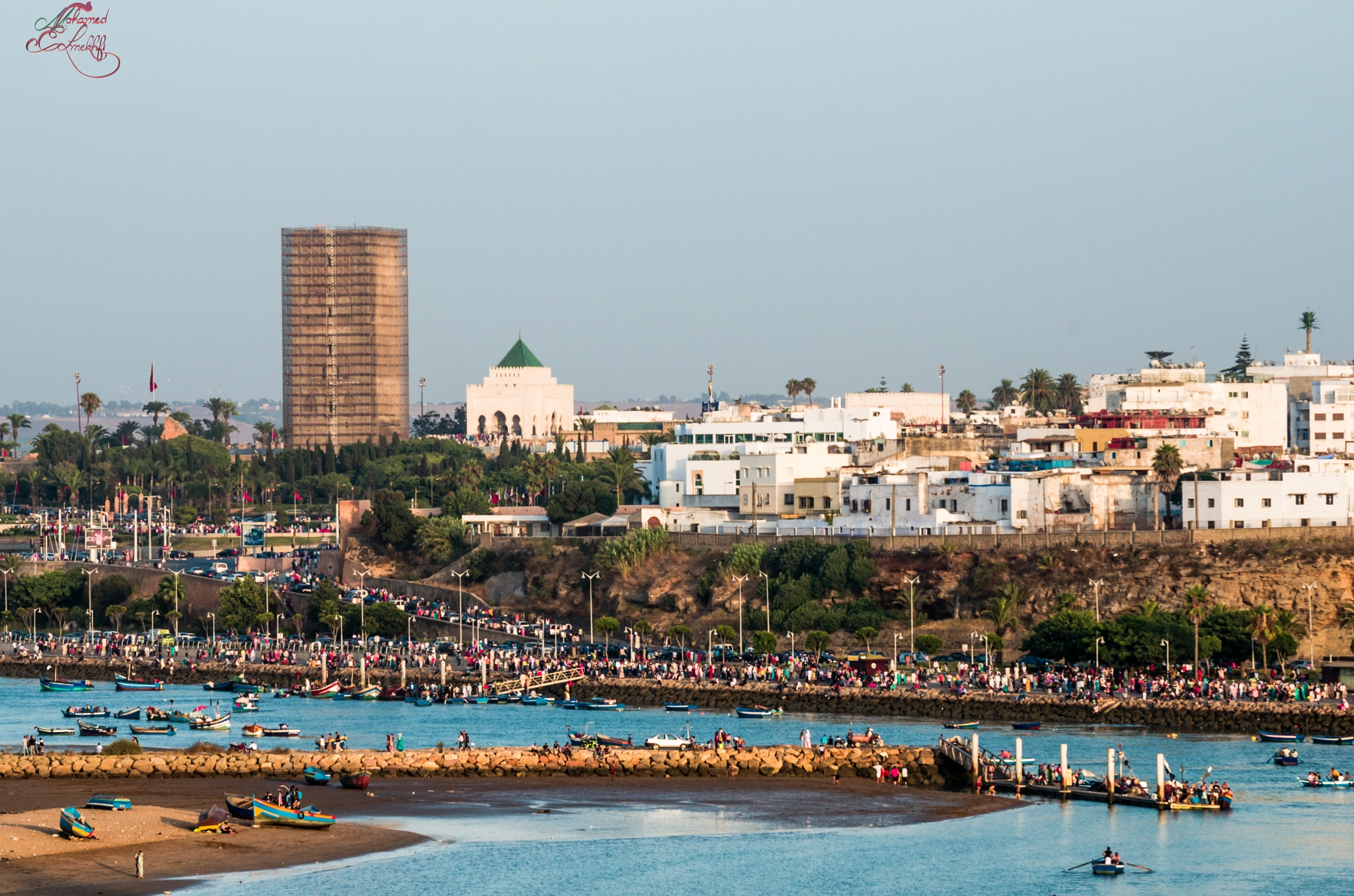 the City of rabat the day of a holiday by mohamedelmekhfi