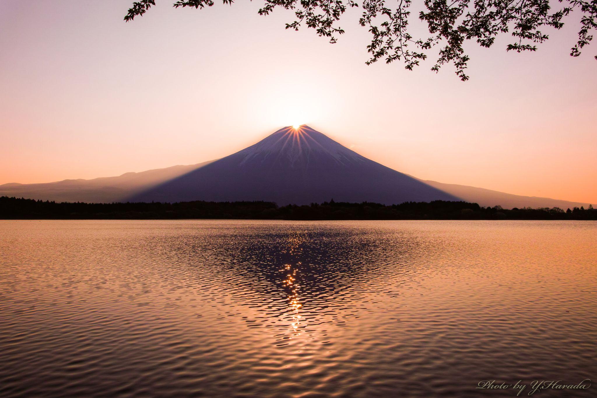Diamond Fuji by Yuichi Harada