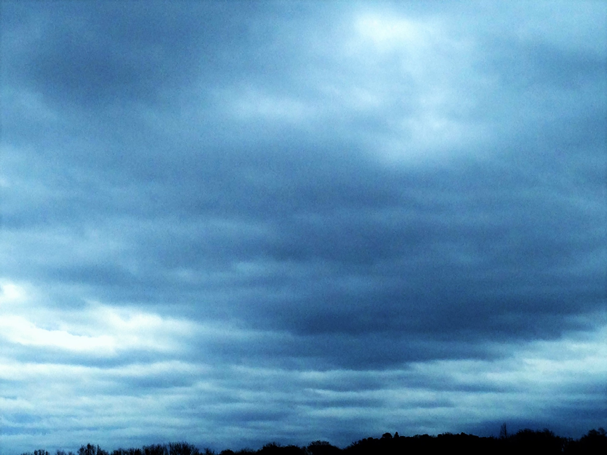 clouds over country 32.5 by thwdrehbuch