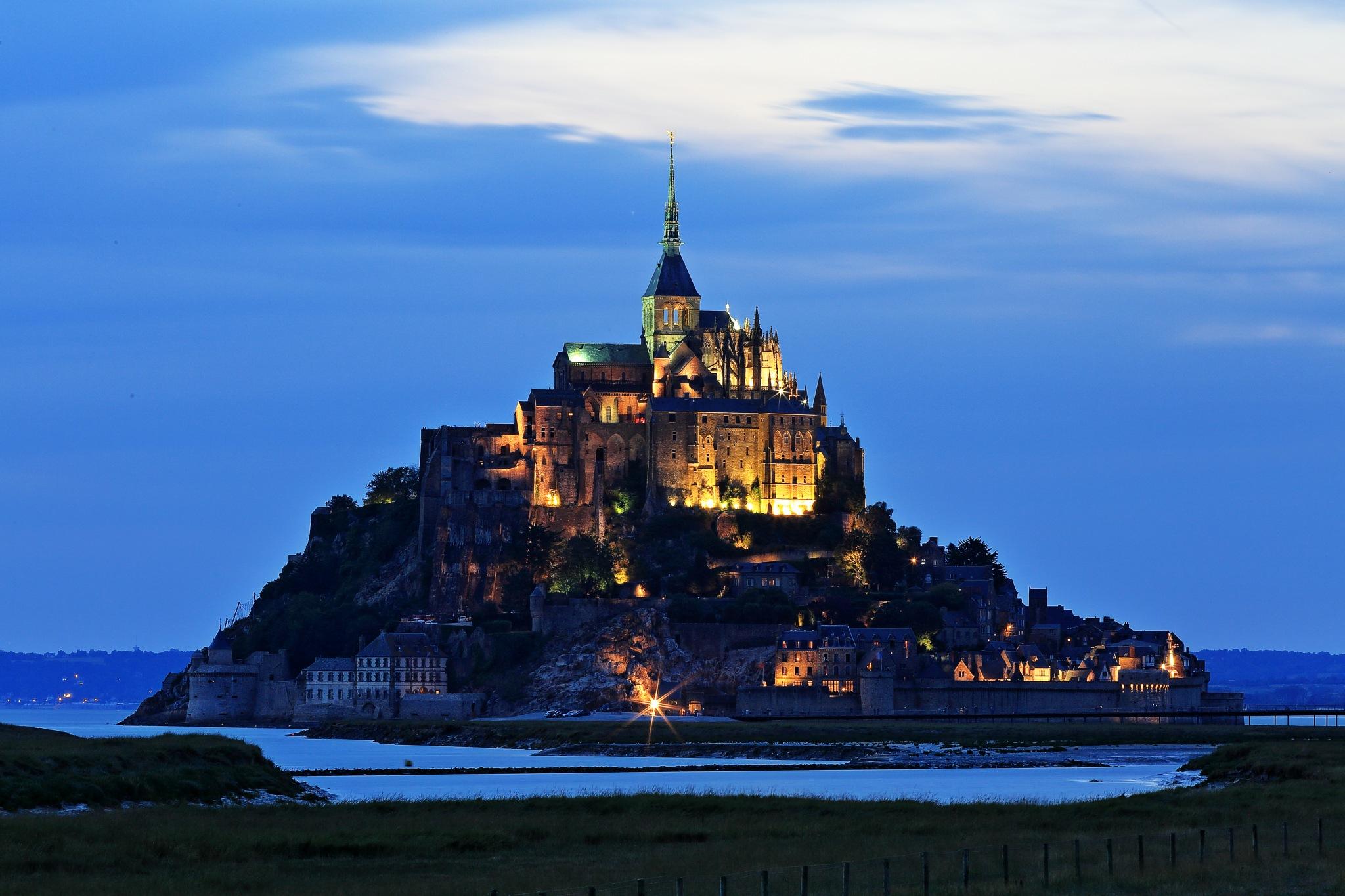 Mont saint Michel by Federico Andreini
