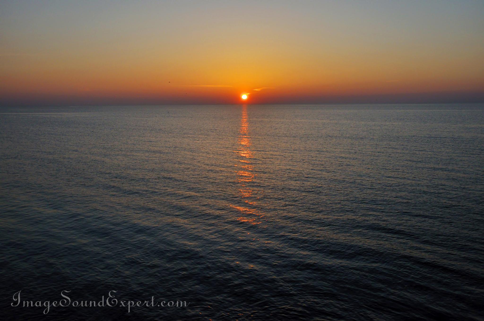 sunrise by Angelica Vaihel