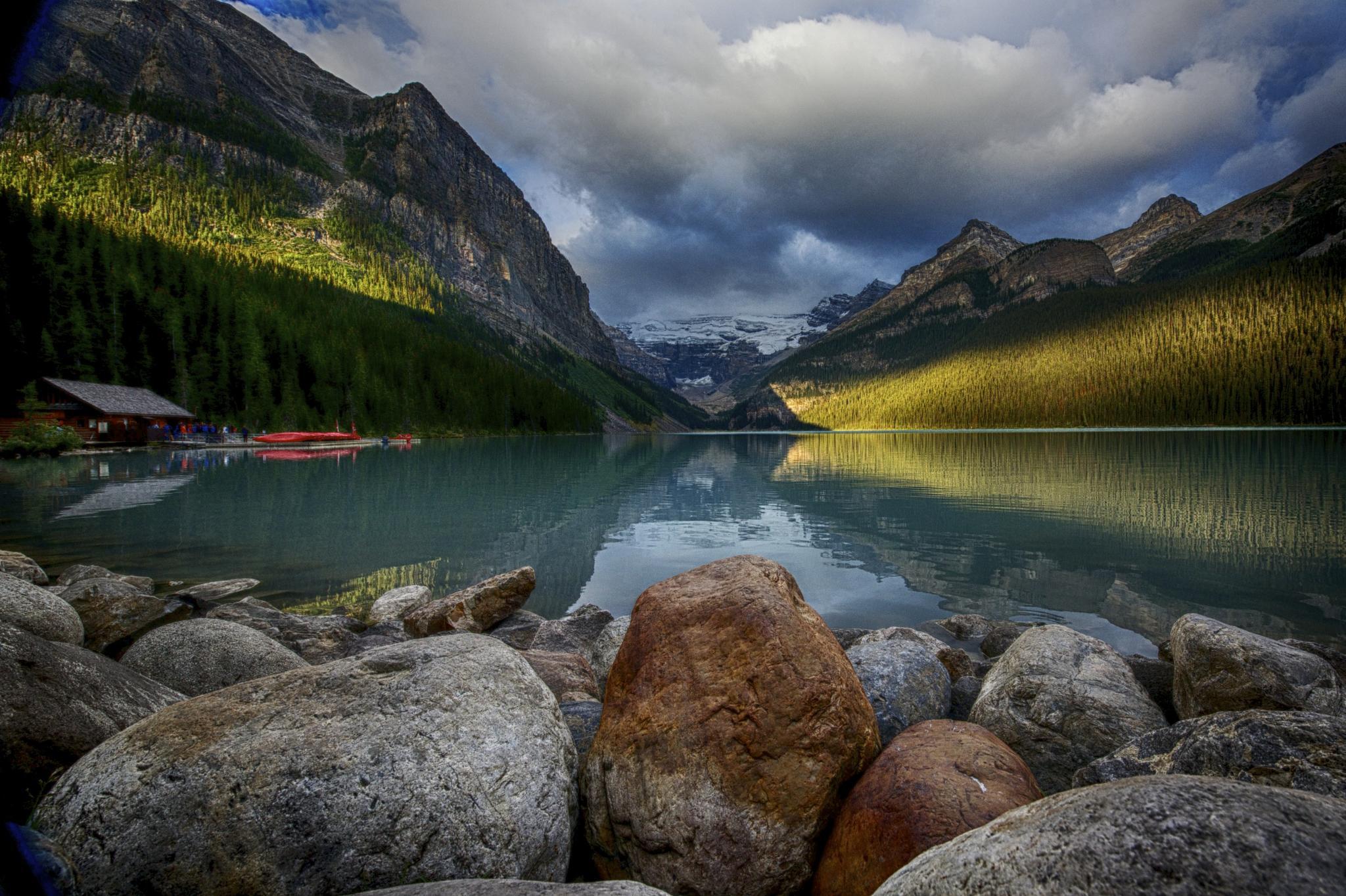 Sunrise. Lake Louise. by najeebmahmud