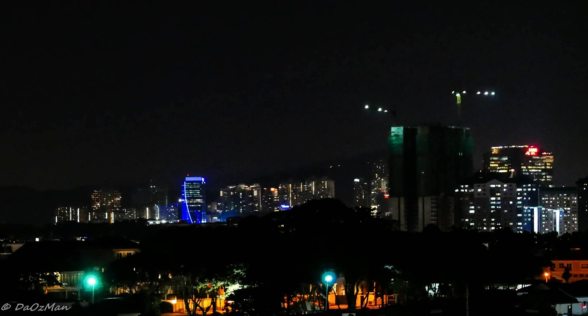 City lights by DaOzMan