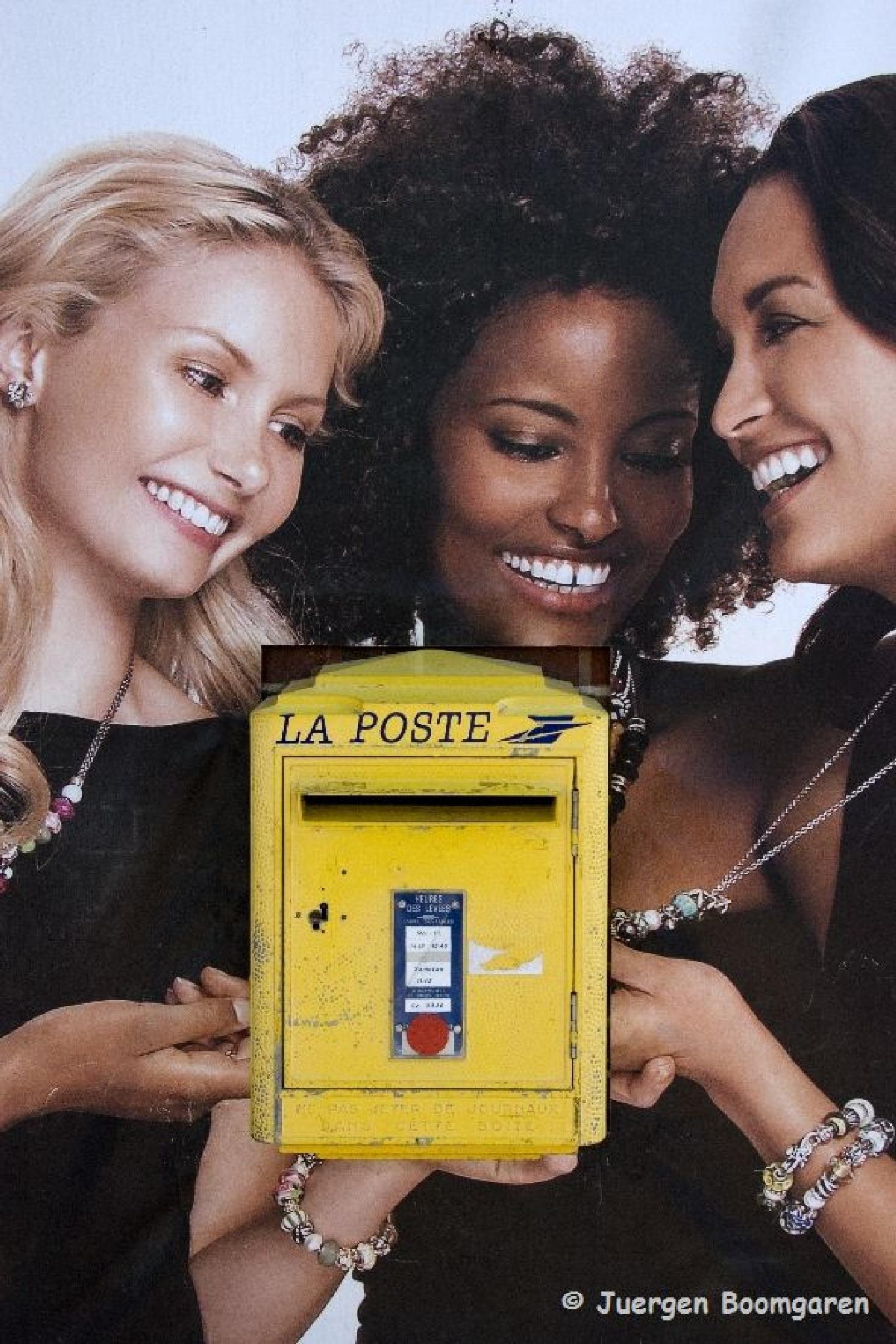 Postbox by Juergen Boomgaren