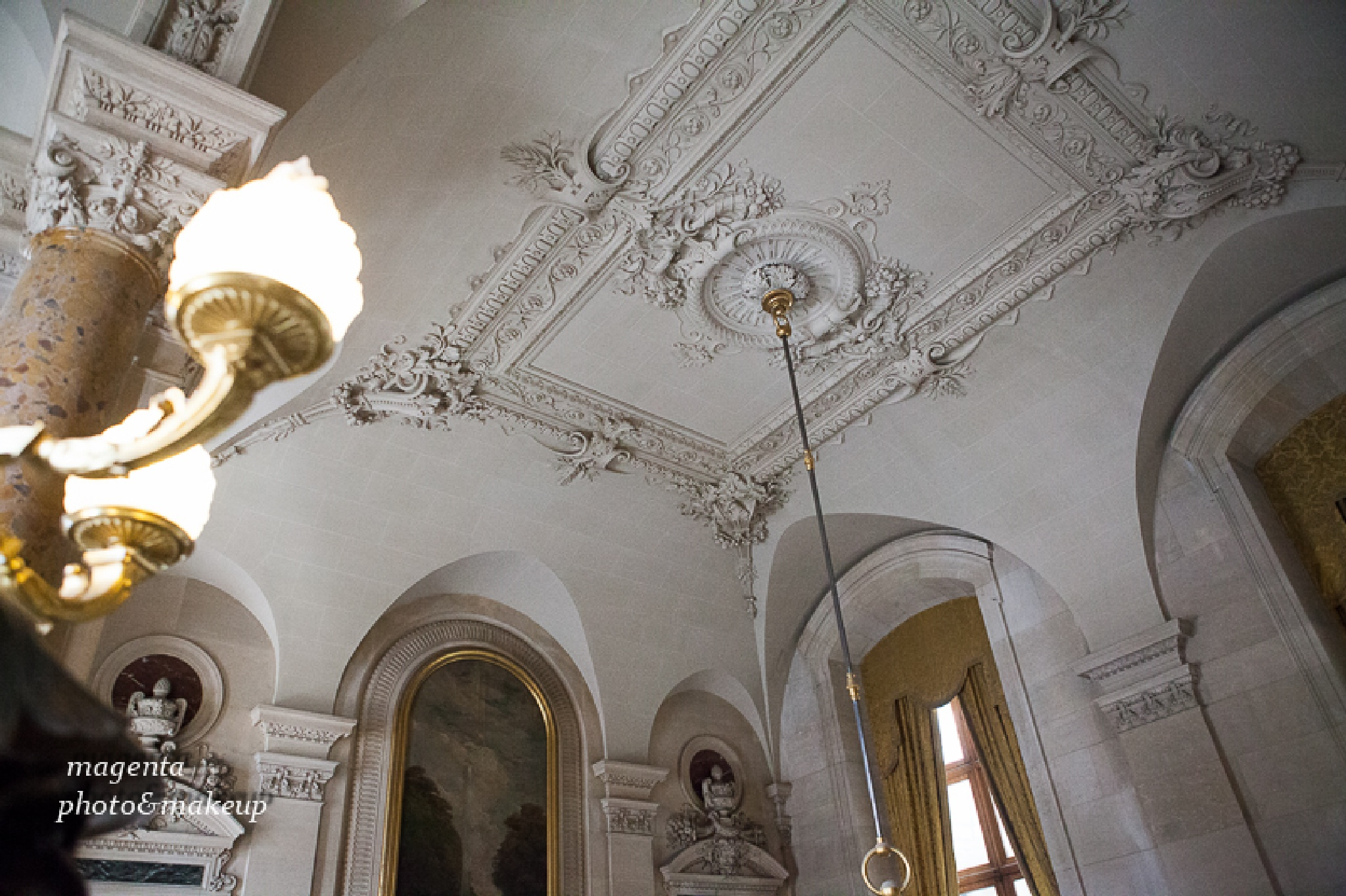 Mousse du Louvre#2 by Kata Bartha