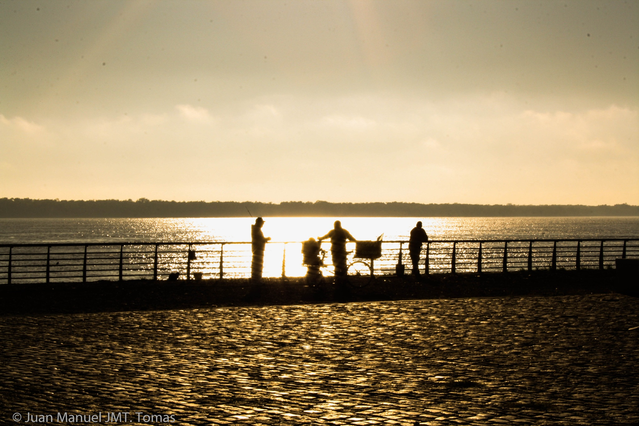 Fishing by Juan Manuel
