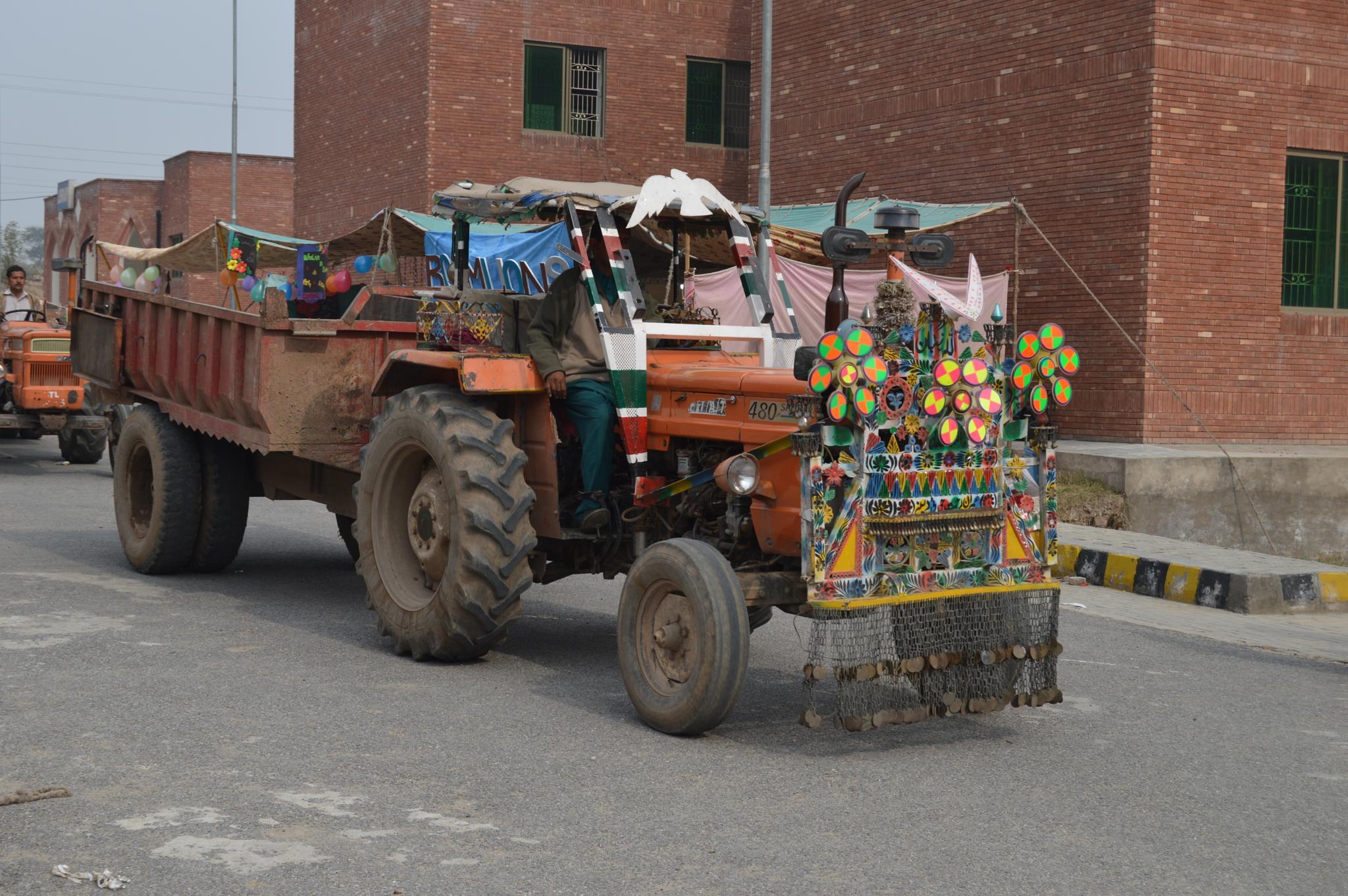 A Traditional Decorated Tractor of Pakistani Style    by pervaiz_jiu-jitsu