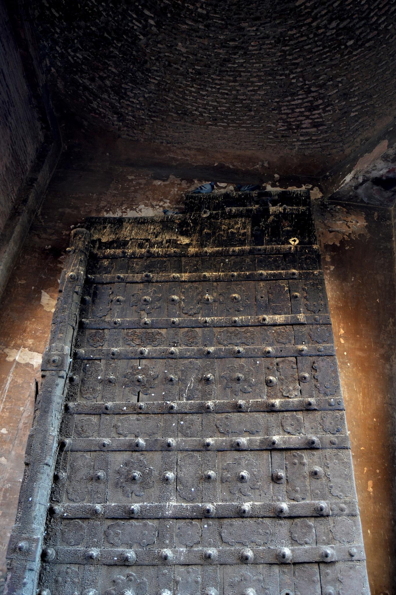 One Gate - Lahore Fort by pervaiz_jiu-jitsu