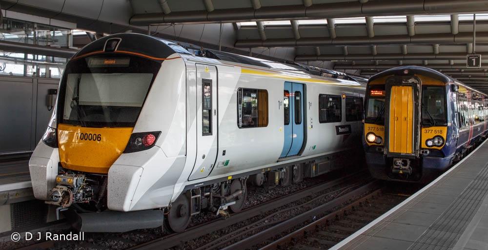 Thameslink Class 700 Desiro and Class 377(?) Electrostar by Albatroff