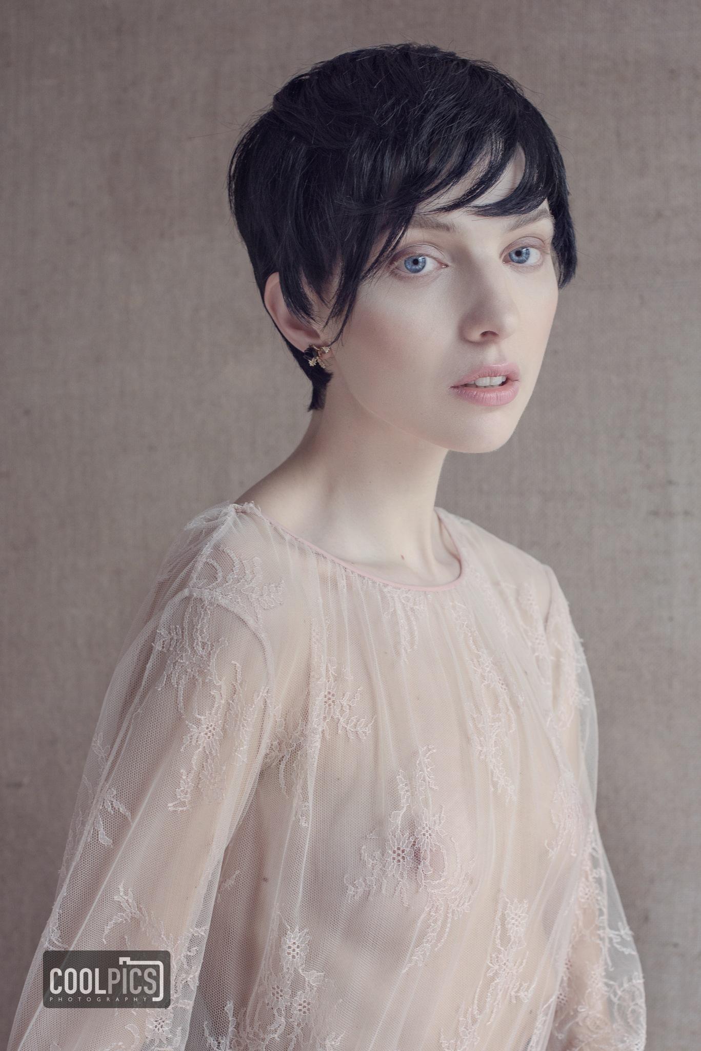 Anna Avramenko by DANIEL DEMUNTER
