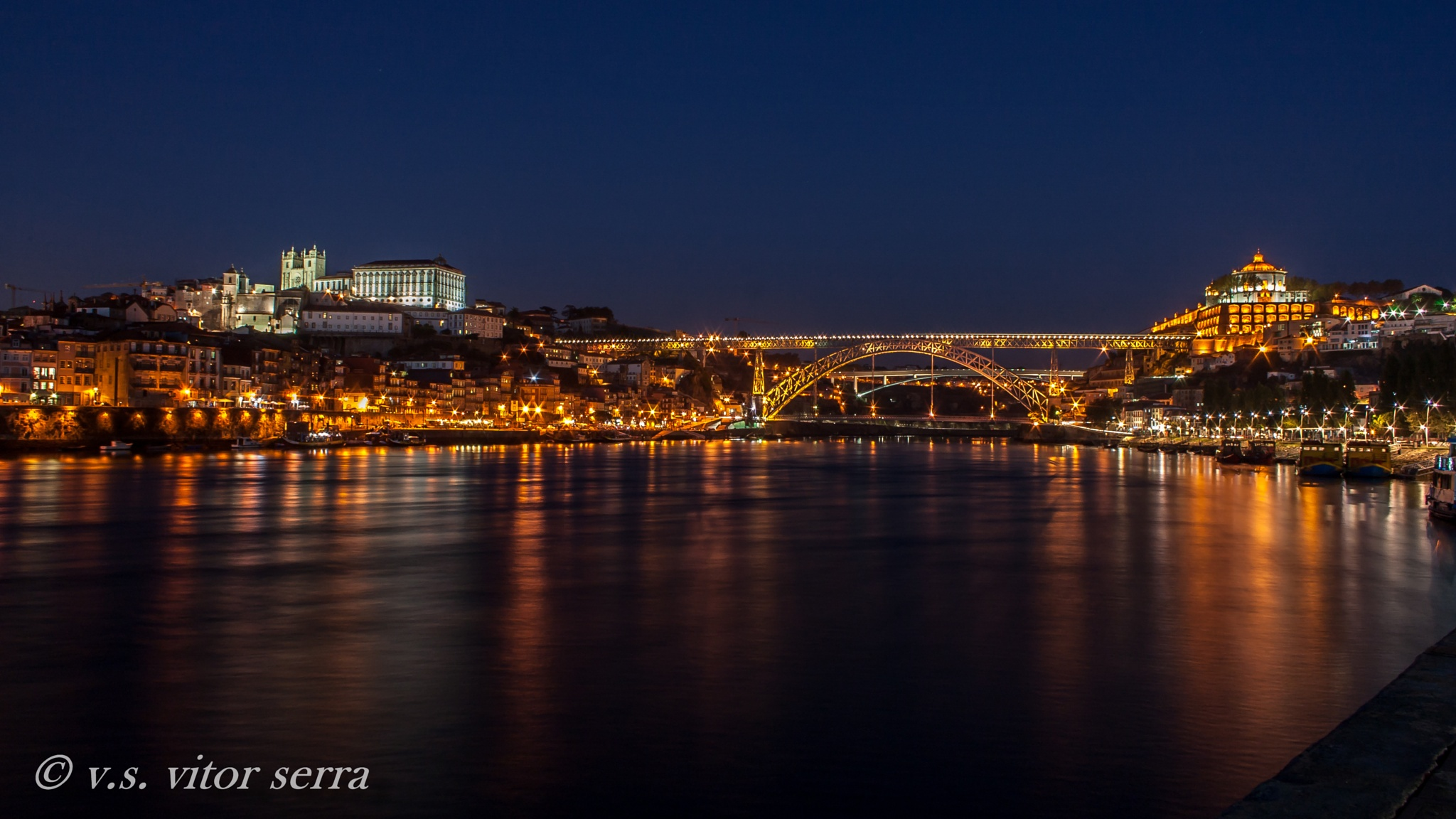 Porto,Portugal by vitorserra1