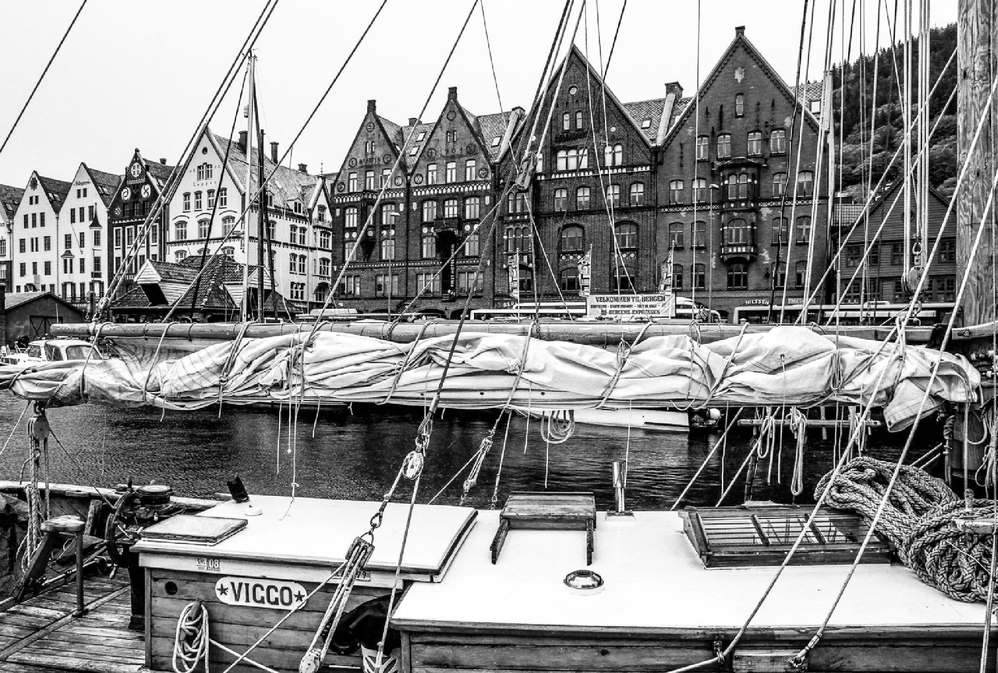 Bergen, Norway by FSFoto