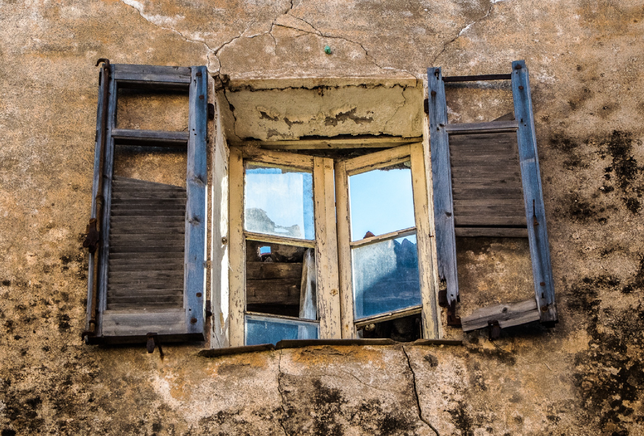 A look through the window by FSFoto