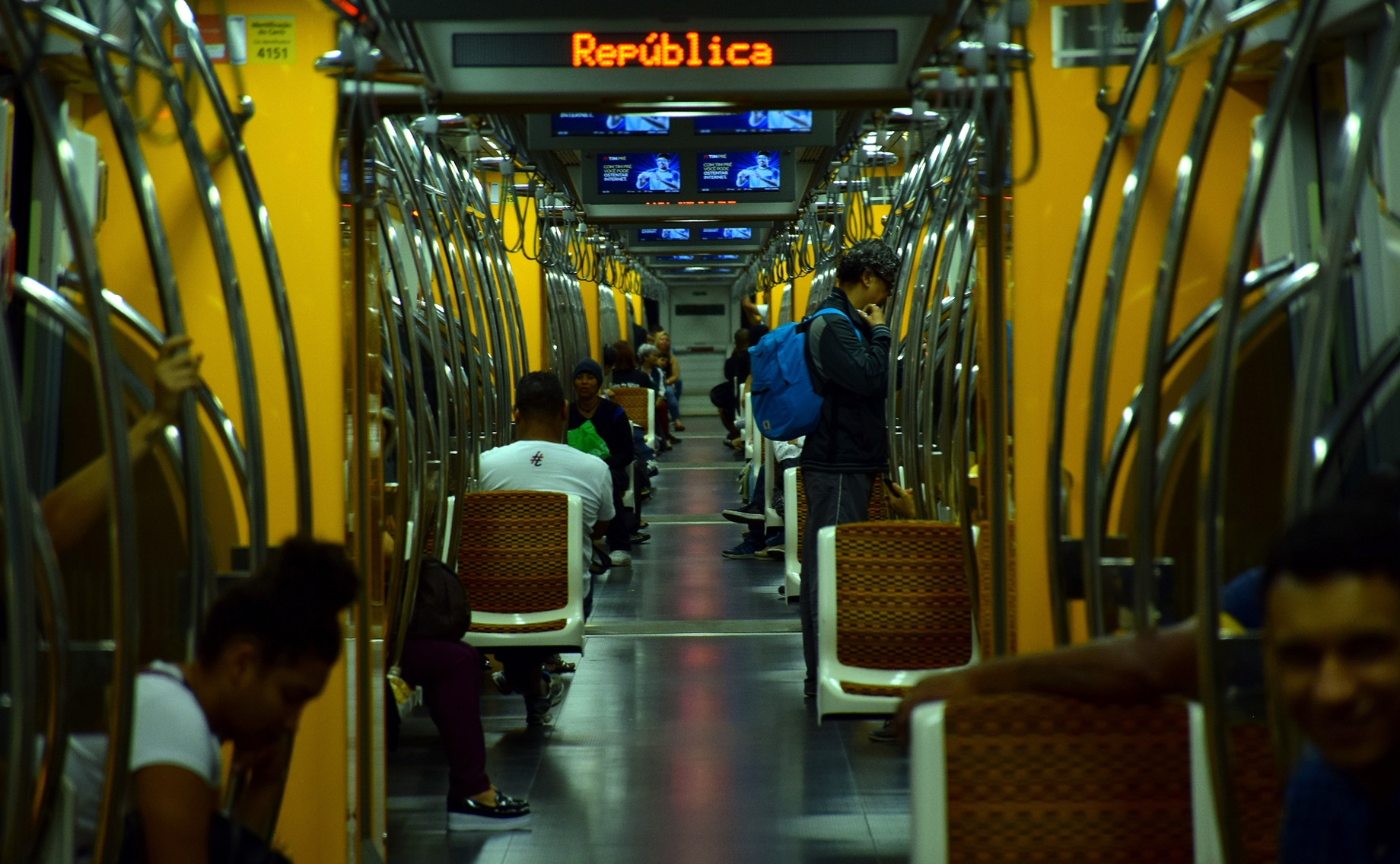 Metrô by LuixCelso