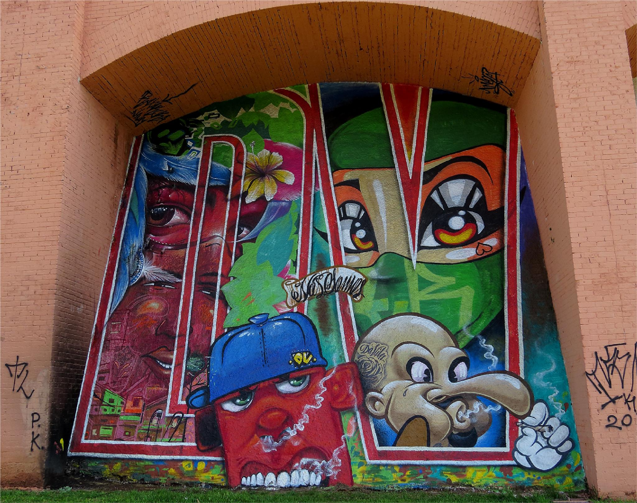 Graffiti by LuixCelso