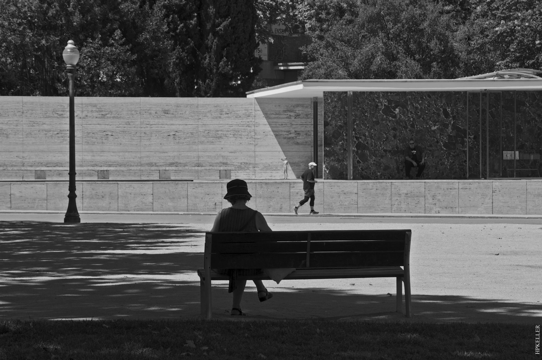 Some days ago in Barcelona, ... relaxation at the Mies van der Rohe Pavillon. by Hans-Peter Keller