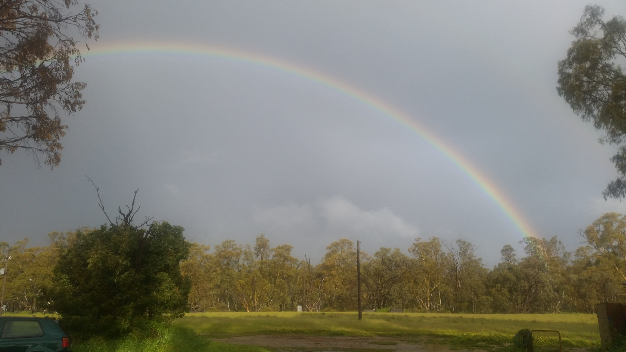 Over the Rainbow East barahm NSW  by Leica Ross