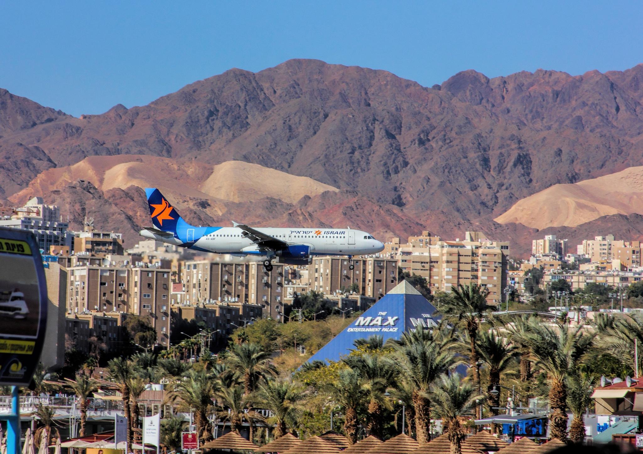 Flight to Eilat by Sam Ribinik